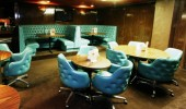 Lincoln Starlite Lounge Photo #12